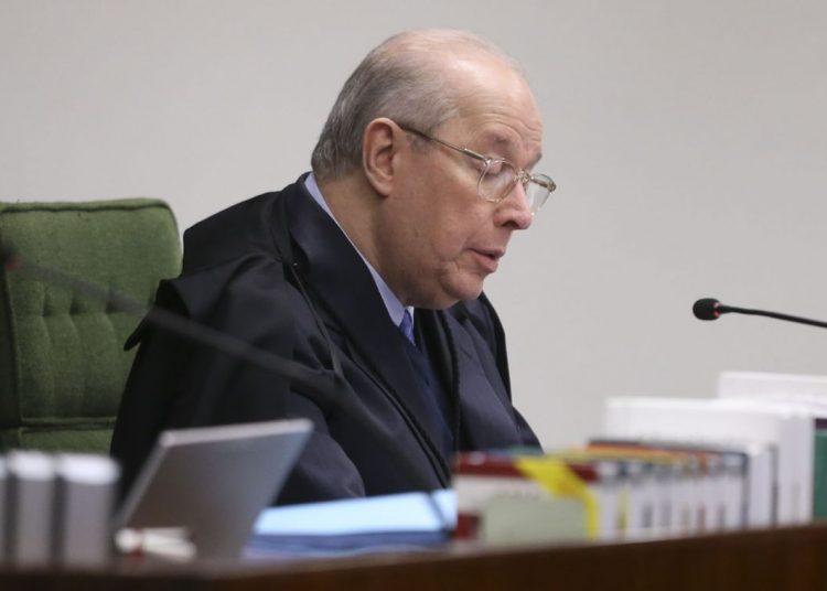 Ministro da Segunda Turma do STF Celso de Mello durante julgamento de ação penal proposta pela Procuradoria-Geral da República (PGR) contra a senadora Gleisi Hoffmann (PT-PR) e seu marido, o ex-ministro do Planejamento Paulo Bernardo.