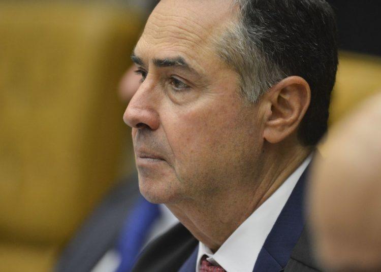 Ministro Luís Roberto Barroso durante  abertura do terceiro dia de julgamento sobre a validade da prisão em segunda instância no  Supremo Tribunal Federal (STF)