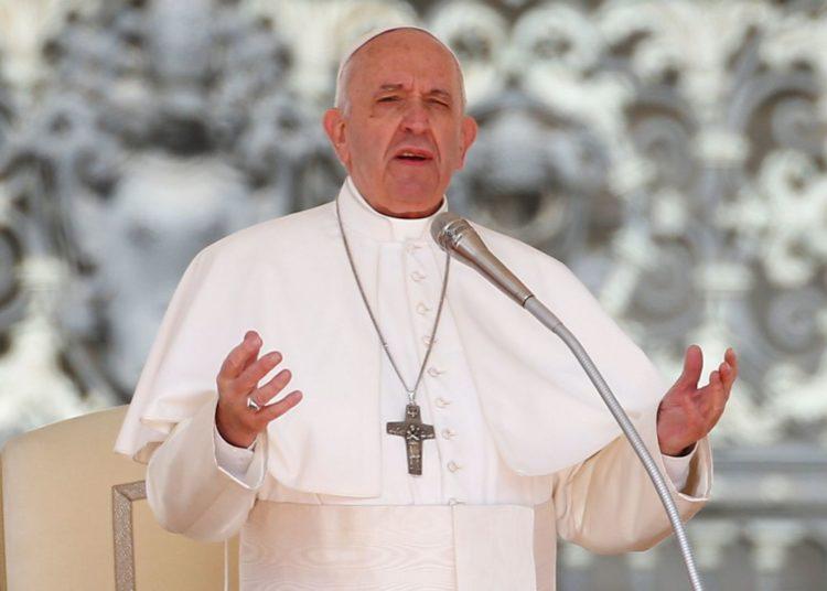 Papa Francisco fala no Vaticano