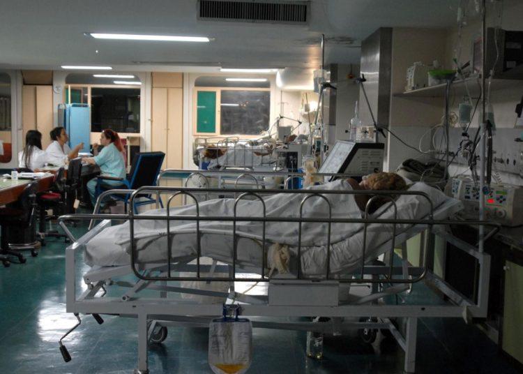 Brasília - Unidade de Terapia Intensiva (UTI) do Hospital Regional de Taguatinga. Em alguns hospitais do Distrito Federal faltam leitos para os pacientes. Foto: Marcello Casal JR/ABr