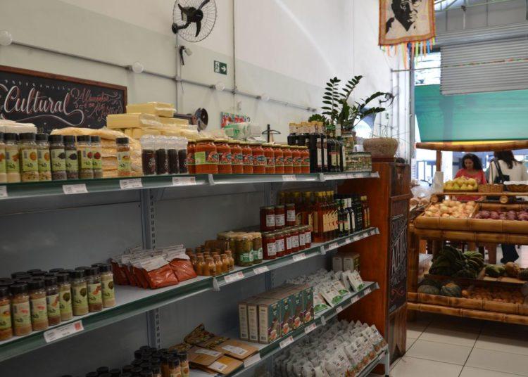Armazém do Campo vende produtos orgânicos, em Campos Elísios, região central de São Paulo.