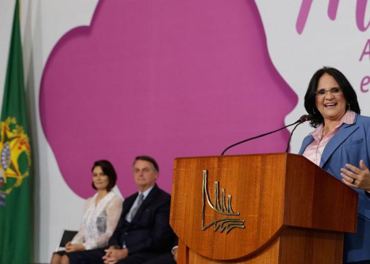 (Brasília - DF, 06/03/2020) Palavras da Ministra de Estado da Mulher, da Família e Direitos Humanos, Damares Alves. Foto: Carolina Antunes/PR