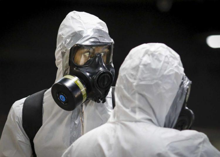 Soldados do Exército desinfectam/Limpam o Metrô de Brasília, durante a pandemia do coronavírus. Sérgio Lima/Poder360 28.03.2020