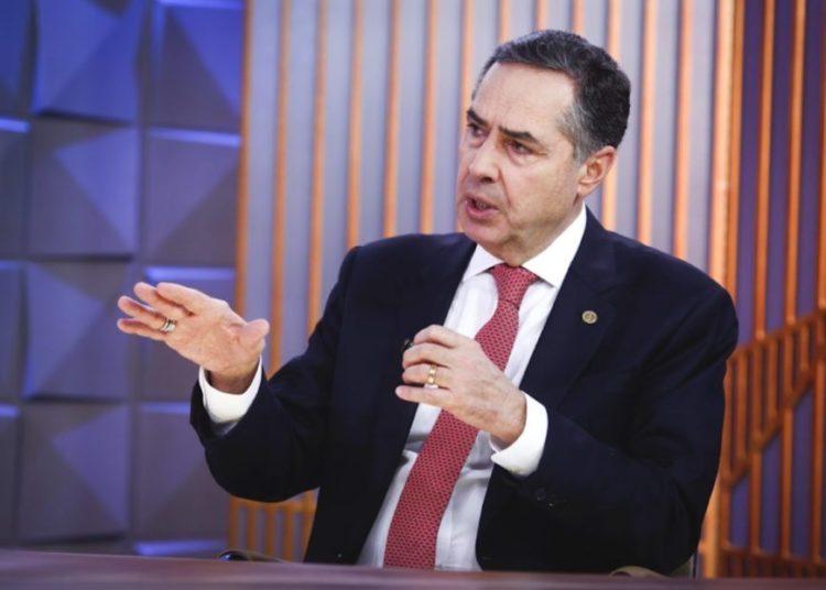 Poder Em Foco - Ministro Roberto Barroso (STF) é o entrevistado do Poder em Foco, programa semanal realizado por meio de parceria editorial entre SBT e Poder360 que vai ao ar por volta da meia-noite | Sérgio Lima/Poder360 09.mar.2020