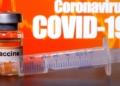 Frasco rotulado como vacina contra Covid-19 em foto de ilustração 10/04/2020 REUTERS/Dado Ruvic/Illustration