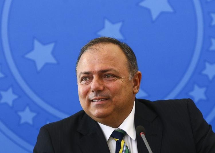 O ministro da Saúde, Eduardo Pazuello, concede entrevista coletiva após anúncio do Plano Nacional de Operalização de Vacinação contra a Covid-19.