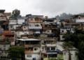 Vista geral da favela Morro Azul, na zona sul do Rio de Janeiro.