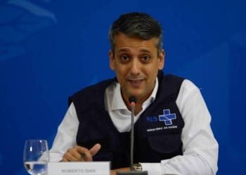Foto: MARCELLO CASAL JR./AGÊNCIA BRASIL  Ex-diretor do Departamento de Logística do Ministério da Saúde, Roberto Dias foi exonerado na manhã desta quarta-feira (30)