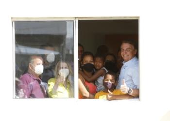 O Presidente Jair Bolsonaro participou da cerimônia de entrega das moradias - Foto: Alan Santos/PR