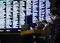 A sessão foi presidida pelo 1º vice da Câmara, Marcelo Ramos (PL-AM)  Fonte: Agência Câmara de Notícias