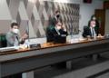 Randolfe Rodrigues, Omar Aziz e Renan Calheiros na reunião da CPI desta quarta-feira Foto: Marcos Oliveira/Agência Senado  Fonte: Agência Senado