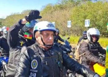 Presidente Bolsonaro participa de motociata com apoiadores em Porto Alegre neste sábado, 10. Foto: Reprodução/Facebook/Jair Messias Bolsonaro / Estadão