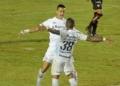 Em Salvador, Vitória e Grêmio se enfrentaram pelo primeiro jogo das oitavas de final da Copa do Brasil Créditos: Jhony Pinho/AGIF