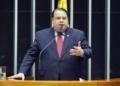 Deputado Julio Cesar Ribeiro, relator do projeto  Foto: Pablo Valadares/Câmara dos Deputados  Fonte: Agência Câmara de Notícias