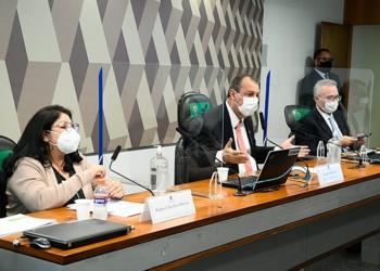 Regina Celia, Omar Aziz, Renan Calheiros na CPI da Pandemia  Foto: Marcos Oliveira/Agência Senado  Fonte: Agência Senado