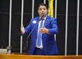Igor Timo, relator da proposta no Plenário  Foto: Pablo Valadares/Câmara dos Deputados  Fonte: Agência Câmara de Notícias