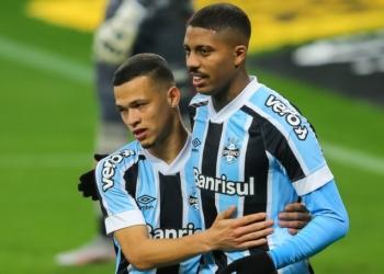 Grêmio e Vitória duelaram por vaga nas quartas da Copa Intelbras do Brasil  Créditos: Pedro H. Tesch/AGIF.