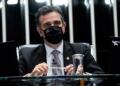 Presidente do Senado, Rodrigo Pacheco (DEM-MG) anunciou a devolução da Medida Provisória e foi elogiado pelos senadores  Jefferson Rudy/Agência Senado  Fonte: Agência Senado