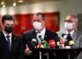 Senadores Randolfe Rodrigues, Omar Aziz e Renan Calheiros em entrevista à imprensa durante a CPI / Foto: Marcos Oliveira/Agência Senado / Fonte: Agência Senado.